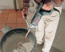 Как сделать наливной пол в ванной — виды и заливка