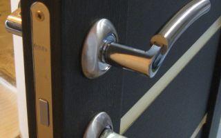 Как выбрать металлопластиковую дверь в ванную комнату