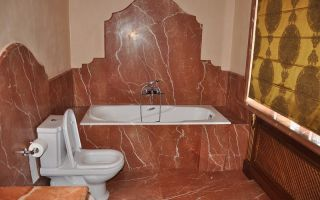 Чем можно отделать стены в ванной и как принять решение?