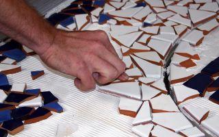 Как сделать мозаику из битой плитки — пошаговая инструкция