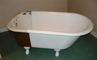 Как отремонтировать чугунную ванну своими руками?