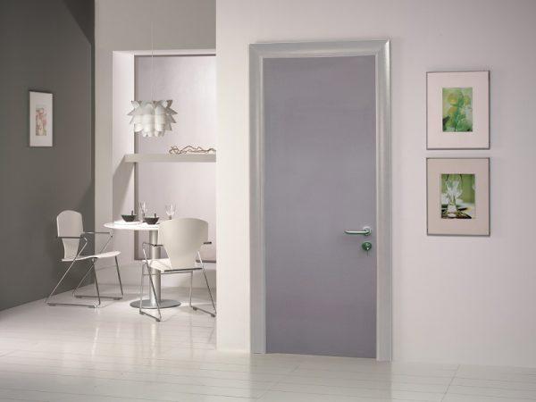 Пластиковые двери выглядят эстетично и имеют свой особенный стиль