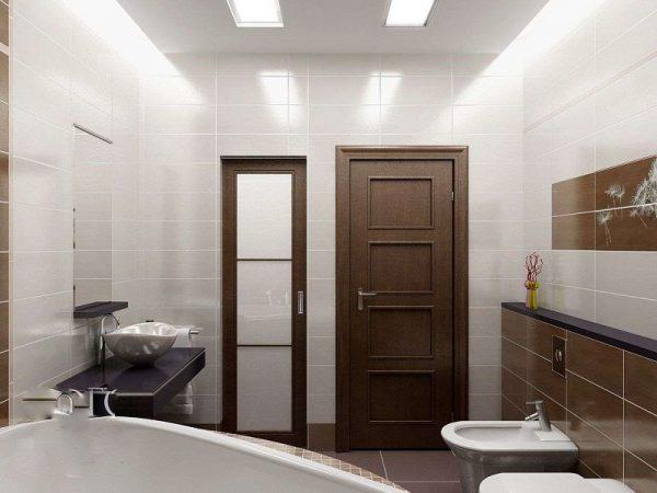 Дверь в ванную комнату