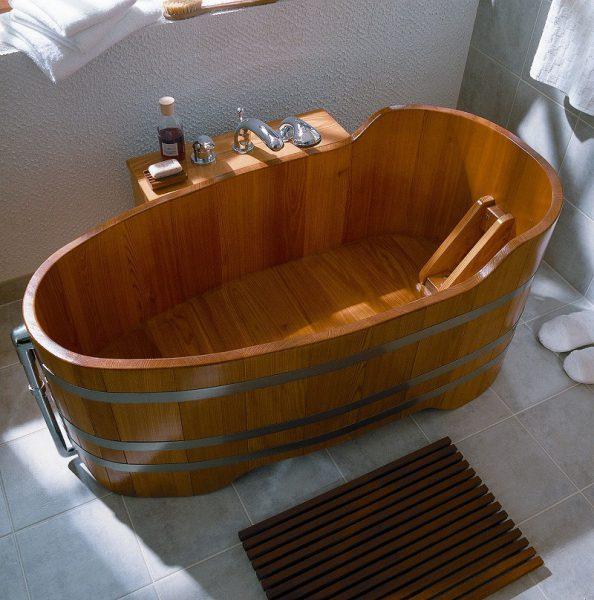 Ванна из лиственницы