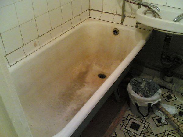Пожелтение ванны