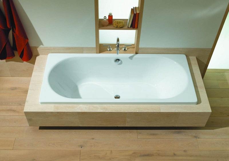 Чем заделать скол на ванной в домашних условиях