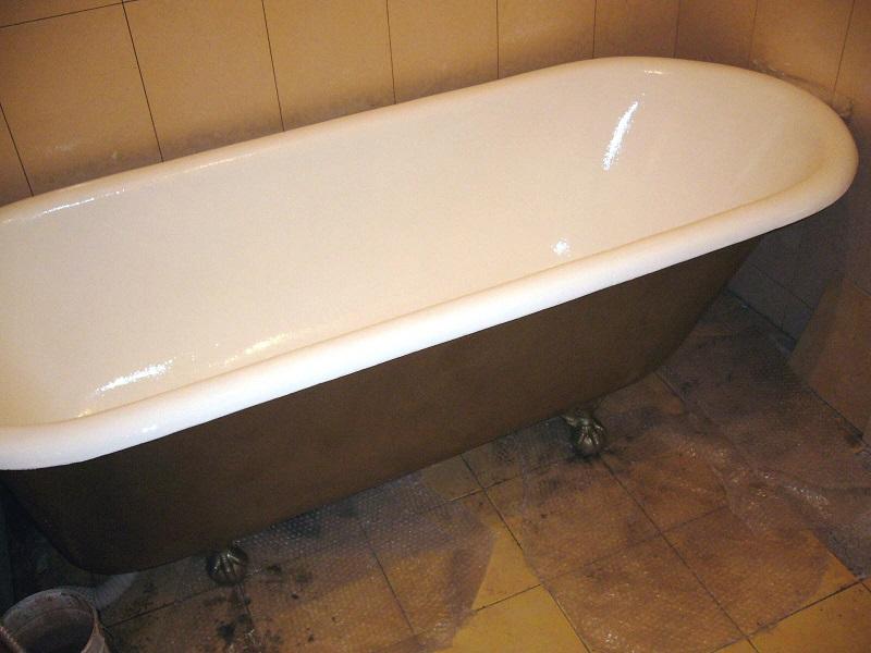 Покраска чугунной ванны своими руками - пошаговое видео и фото