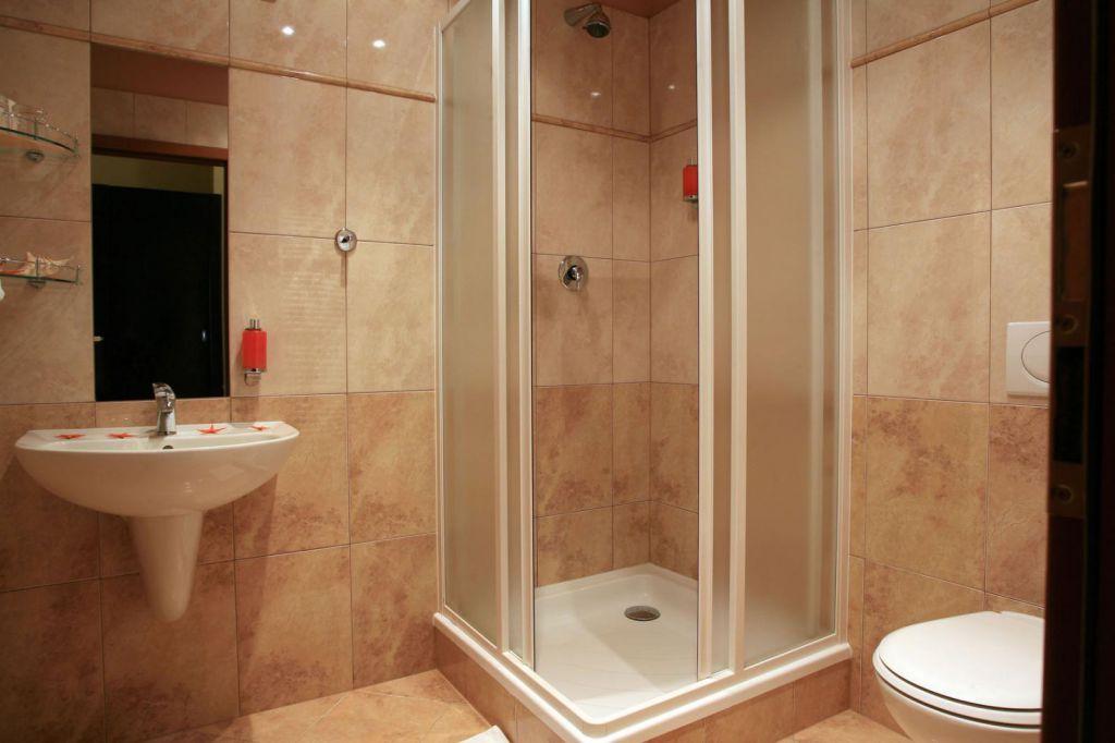 Фото ванных комнат с душевыми кабинами своими руками