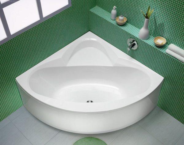 Симметричная акриловая ванна