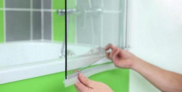 Монтаж стеклянной ширмы своими руками