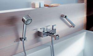 Высота смесителя в ванной от пола – стандарт установки оборудования в санузле
