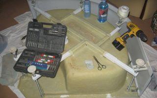 Как выполнить ремонт поддонов душевых кабин своими руками