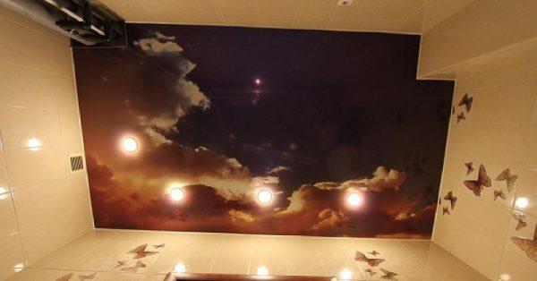 Привлекательный внешний вид потолка