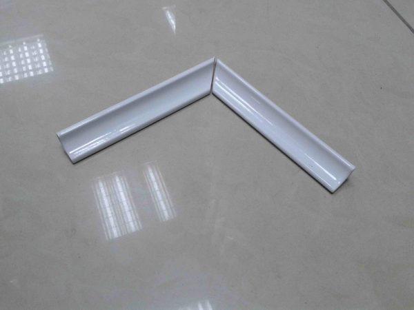 Керамический уголок