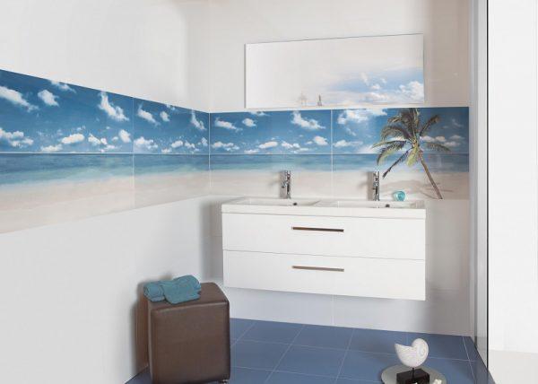 Изображение пляжа на плитке
