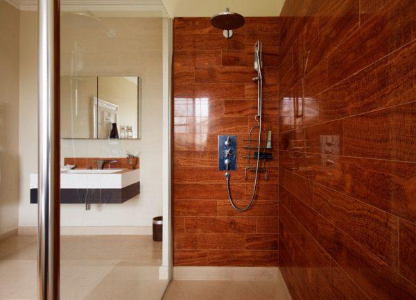 Керамическая плитка под древесину
