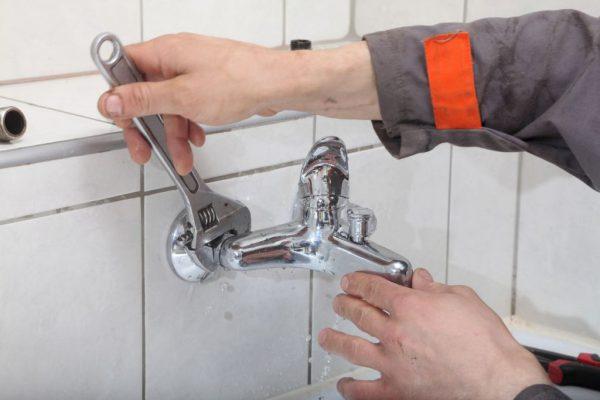 Кран букса в ванной  устройство выбор замена