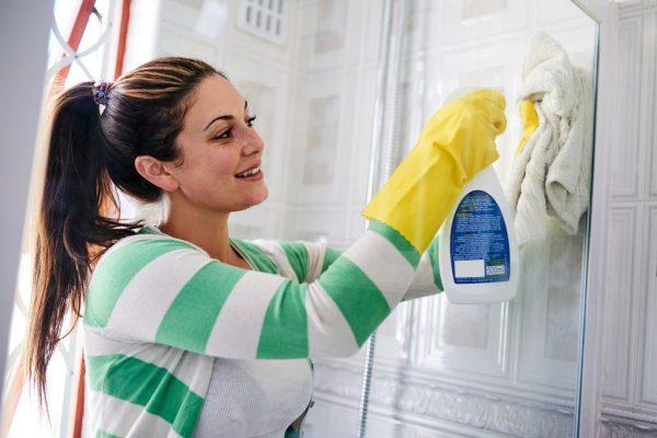 Домашние условия: как и чем отмыть душевую кабину